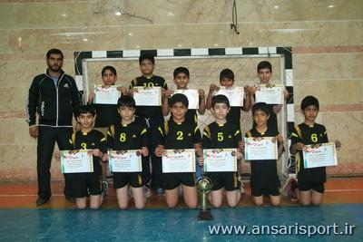 تیم هندبال دبستان شهدای غزه پردیسان